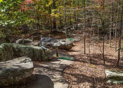 hiking-path-elephant-rocks-state-park-missouri-picture-gallery